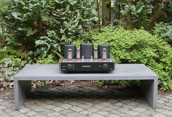 german highend racks art voice hannover hifi high end. Black Bedroom Furniture Sets. Home Design Ideas